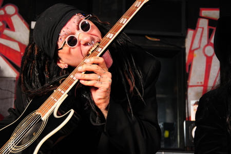 MINISTRY RELEASE DIGITAL SINGLE AND SIGN WORLDWIDE DEAL WITH AFM